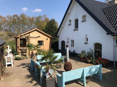 `De Kleine Pol - TinyHouse, Pipowagen of SafariLodge